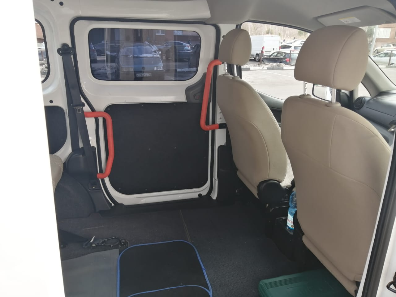 ИНВОТАКСИ - Nissan NV200 Welcab